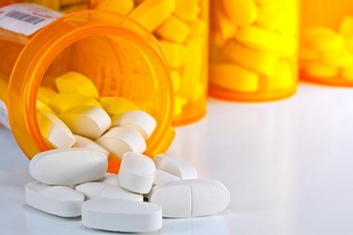 Dược sĩ tư vấn những loại thuốc không nên uống khi đói