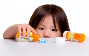 Không cho trẻ uống các loại thuốc không kê đơn trị ho và cảm