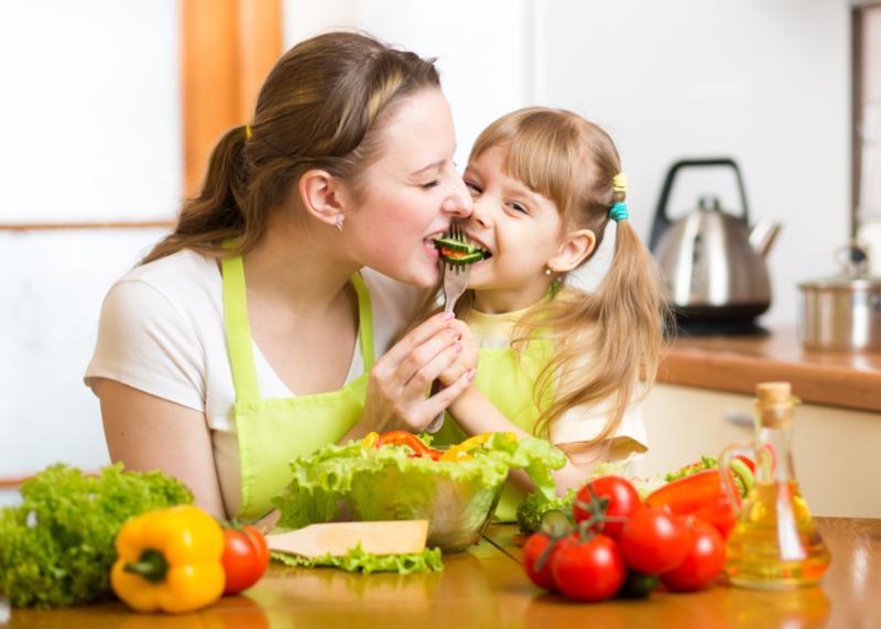 Mẹ nên bổ sung dinh dưỡng cho trẻ vào những ngày đông se lạnh