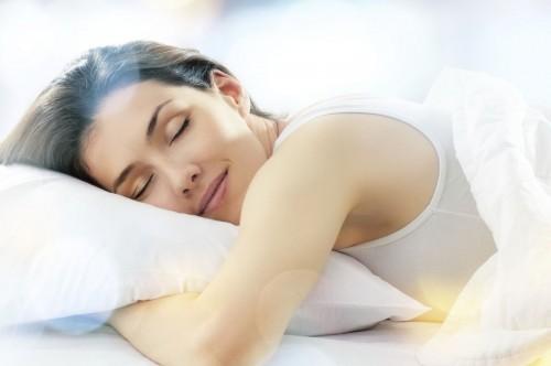 Bạn phải ngủ đủ giấc thì mới có làn da luôn trẻ đẹp