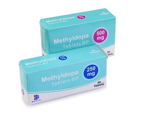 Sử dụng thuốc methyldopa gây ra tác dụng phụ gì?