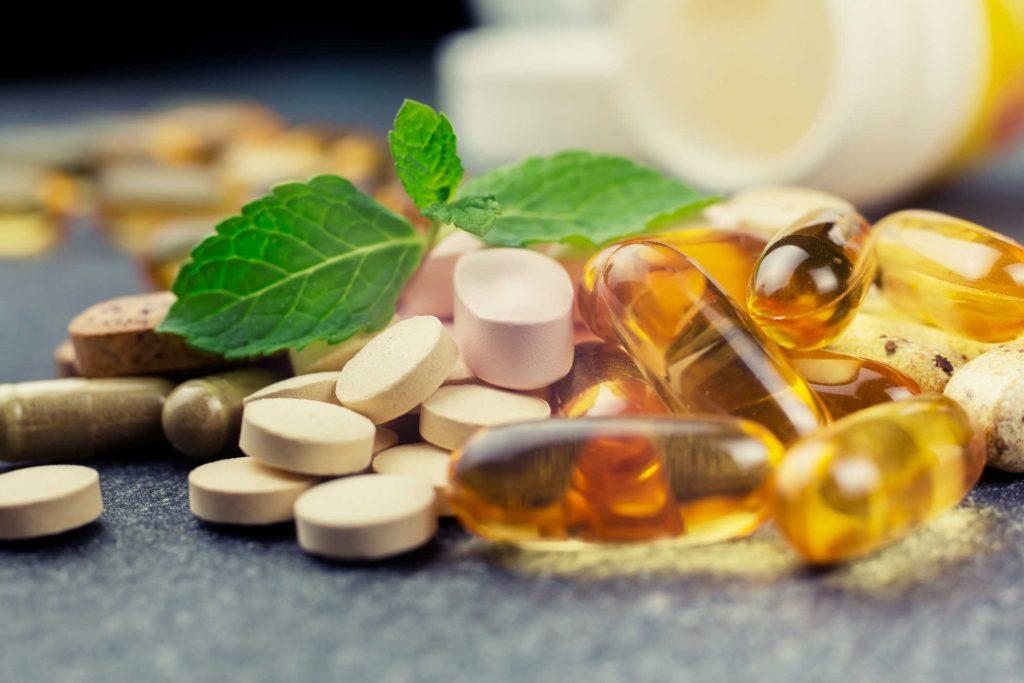 Khuyến cáo của Giảng viên Cao đẳng Y dược Hà Nội khi dùng thuốc bổ